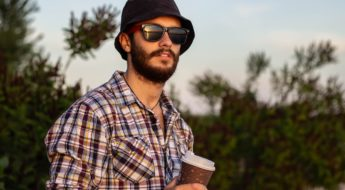 entretenir sa barbe au camping